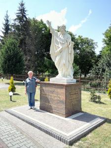 Grażyna Dominiak Wadowice - Szymon syn Jana (rzeźba) - 2016 06 25 - DOMINIAK AH